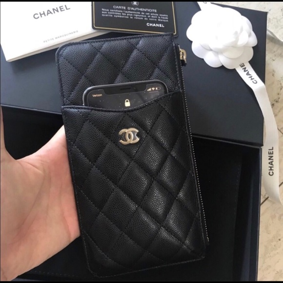 on sale ddd19 64722 Chanel Phone Case Wallet Black Caviar